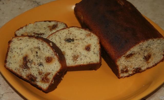 עוגת פרג ותאנים. צילום: נועה סטרלינג