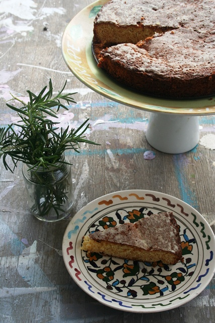 עוגת מנדרינות ורוזמרין