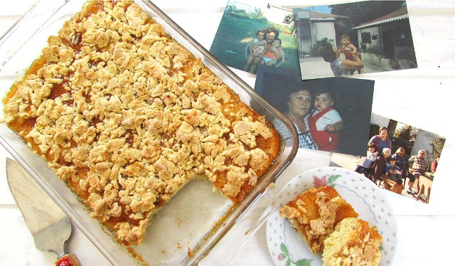 עוגת הפירורים של סבתא