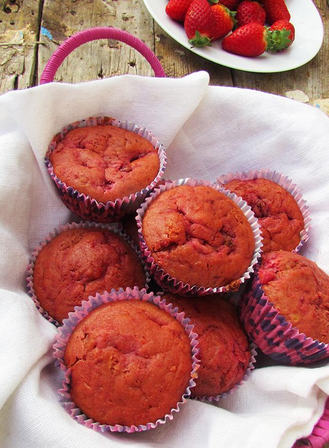 beetandstrawberrymuffines3