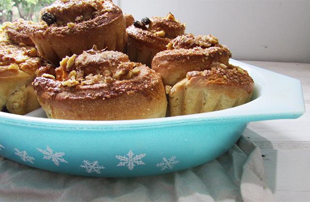cinnamonwallnutcakes10